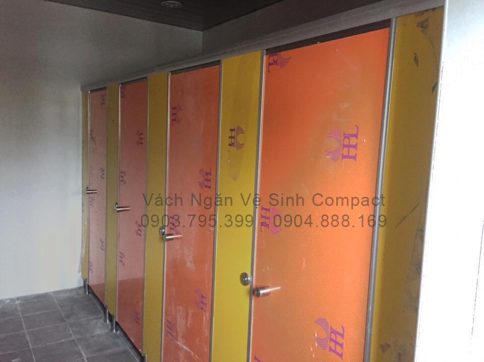 Vách ngăn vệ sinh compact HPL