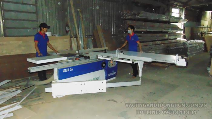 nhà máy sản xuất vách ngăn di động